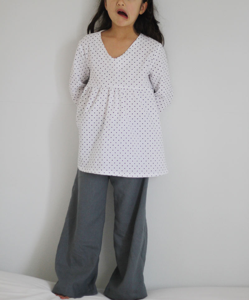 black-dots-top-grey-pants4