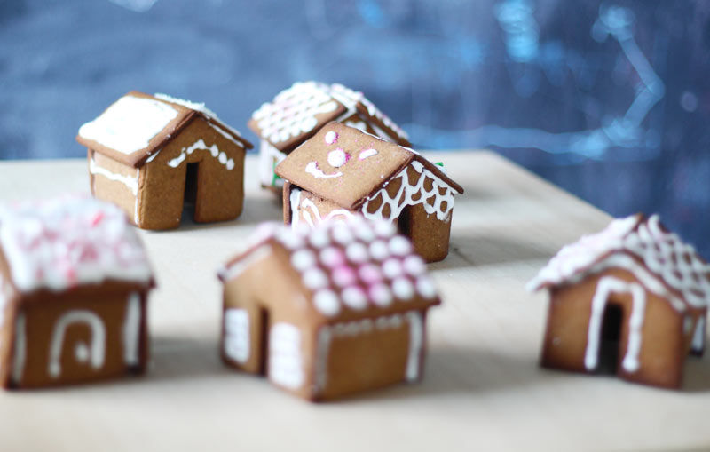 mini-gingerbread-houses2