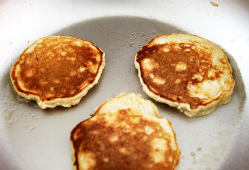 banana-oat-pancakes2