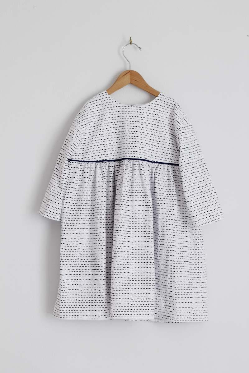 fn-bw-piping-dress6