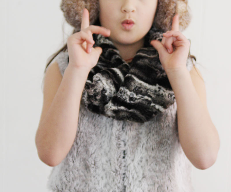 faux-fur-scarf7