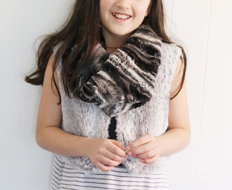 faux-fur-scarf9