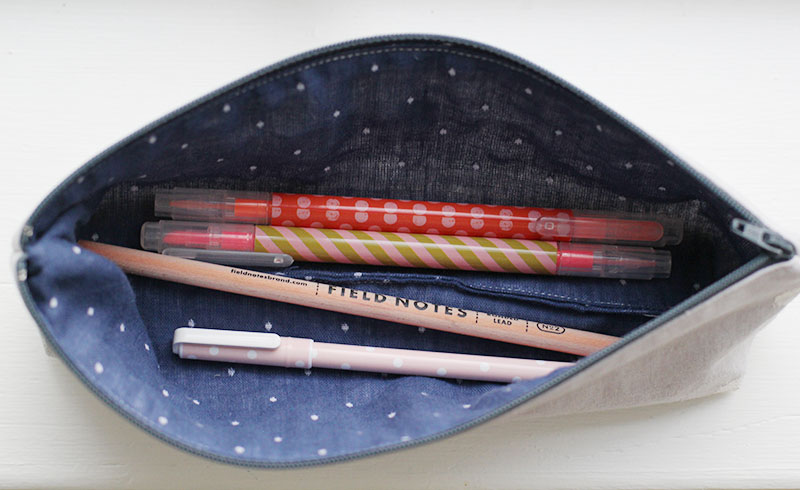 polka-dot-pencil-case2